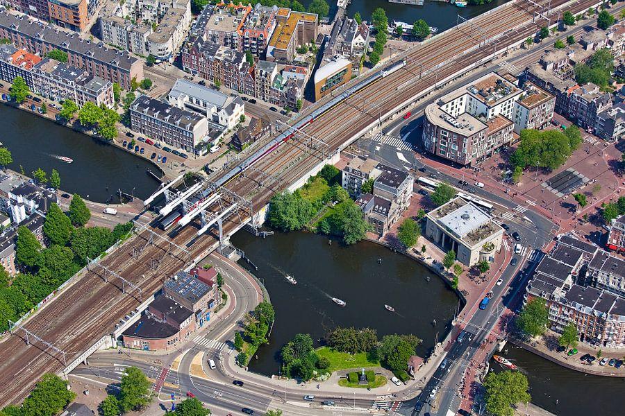 Luchtfoto spoorbrug Amsterdam