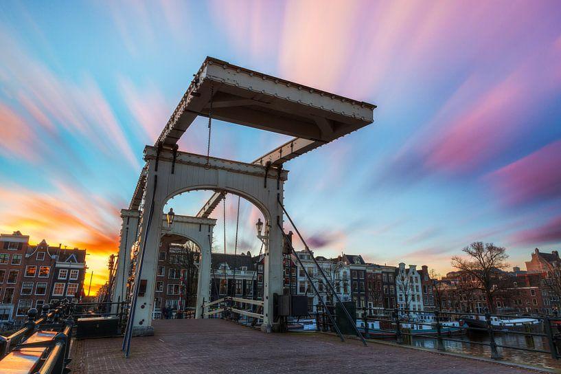 Magere brug sunset van Dennis van de Water