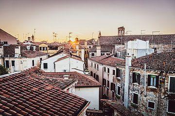 Venedig erwacht in der Morgensonne von Mischa Corsius