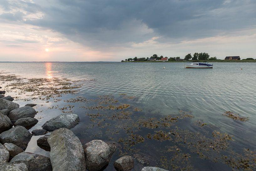 Abends im Hafen von Aerö von Matthias Nolde