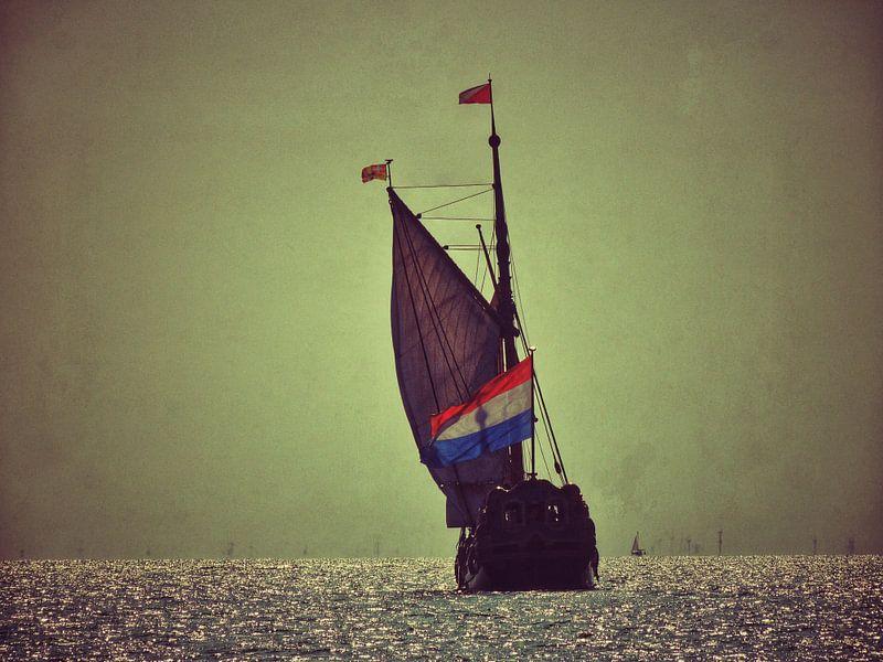 Setting sail to sea van Aart Lameris