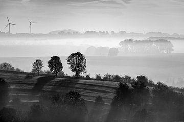 Nebel über dem Hügelland von Rob Boon
