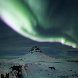 Noorderlicht bij Kirkjufell van Sven Broeckx