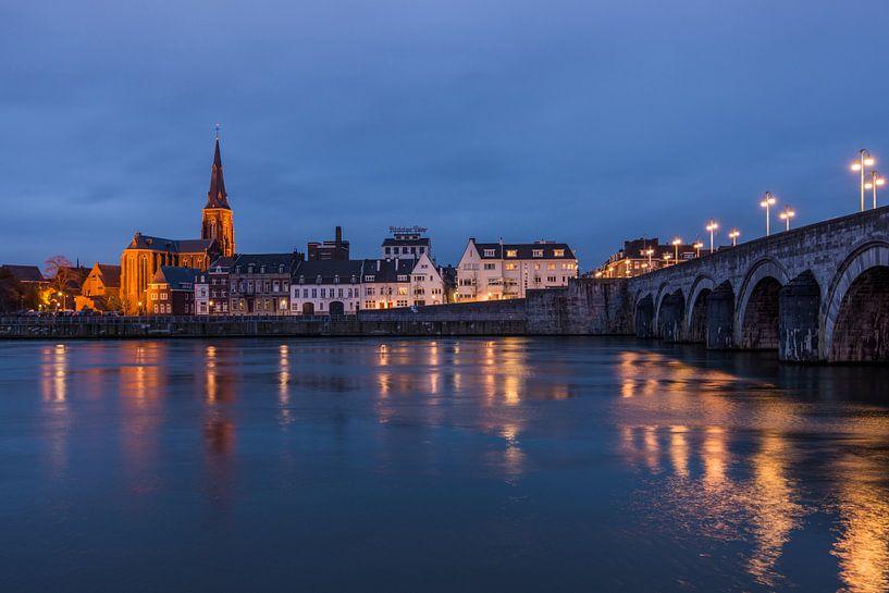 Maastricht bij nacht van Bert Beckers