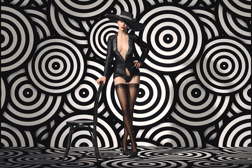 Verleidende Striptease in Zwart-wit van Arjen Roos