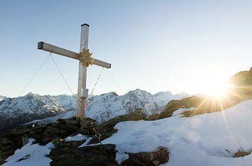 Kreuz oben von Nathan Marcusse