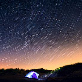 Heldere sterren tijdens de Perseïden. van Martijn Kort