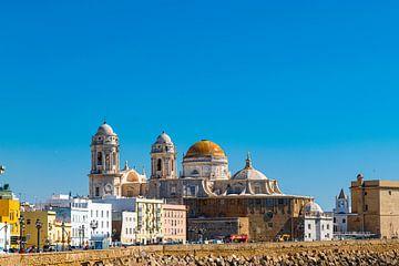 la cathédrale de Cadix dans le sud de l'Espagne sur Hans Verhulst