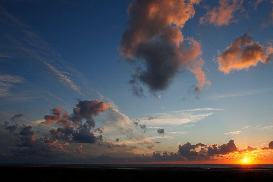 There's always the sun van Wim Zoeteman