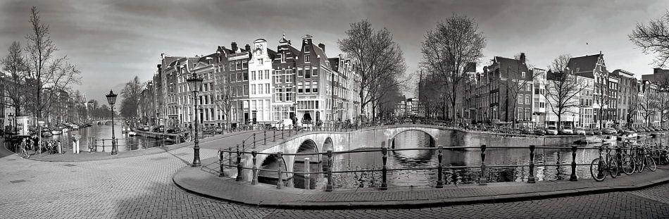 Favoriete Panorama Keizersgracht Amsterdam in zwart-wit van Heleen van de @GE97