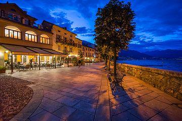 Cannobio bij avond, Lago Maggiore van Annie Jakobs