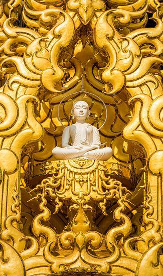 Boeddha in Wat Rung Khun, Chiang Rai Thailand
