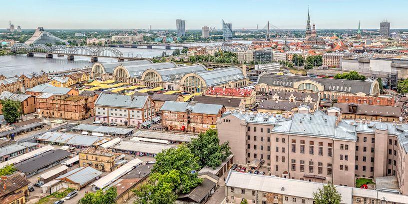 stadsbeeld van Riga in Letland van eric van der eijk