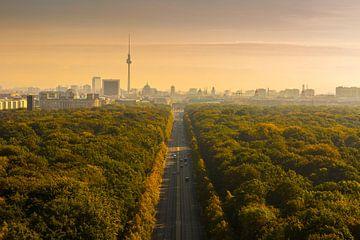 Berlin Skyline mIt Brandenburger Tor und Fernsehturm