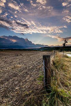 Stralende wolken van Maurice Hertog