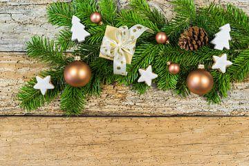 Kerstversiering met geschenkverpakking, ornamenten van Alex Winter