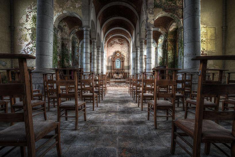 Church of Decay van Esmeralda holman