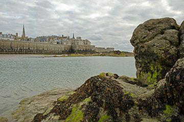 Granieten bastion Saint Malo van