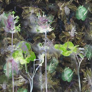 Abstrakt, malerische Blume Foto . von Saskia Dingemans