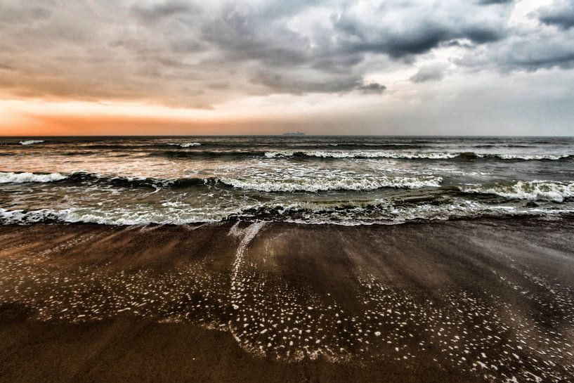 colors of the sea van Yvonne Blokland