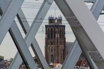 Kerk in de brug van Henk Hartzheim