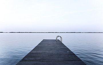 Steiger aan het Sneekermeer sur Jo Pixel