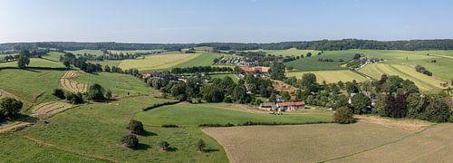 Luchtpanorama  van het Zuid-Limburgse landschap in de buurt van Epen