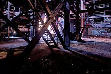 Staal industrie, urban exploring van Henk Elshout