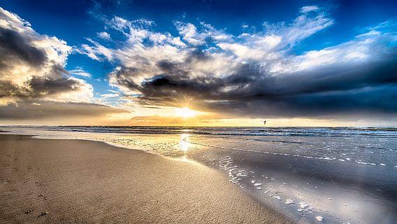 Warme Zonsondergang van Alex Hiemstra