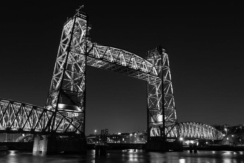 """Koningshavenbrug """"De Hef"""" Rotterdam van RvR Photography (Reginald van Ravesteijn)"""