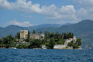 Garda Island van