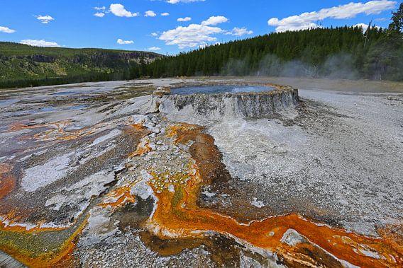 Punch Bowl Spring in Yellowstone van Antwan Janssen
