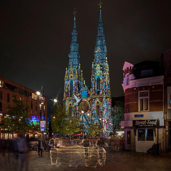 Sint Catharinakerk Eindhoven GLOW 2017 van Jan Sluijter