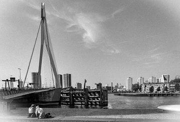 Retro11/ Erasmusbrug, Rotterdam von Henry van Schijndel