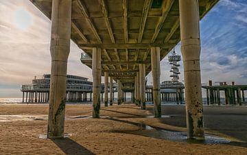 Onder de Pier van Pascal Raymond Dorland