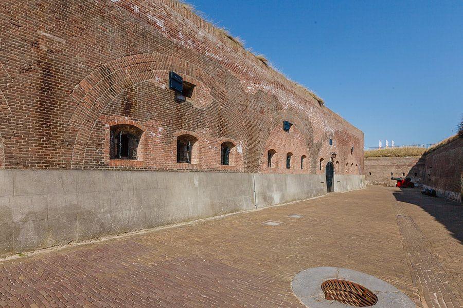 Fort Kijkduin bij Huisduinen, Den Helder, Noord Holland, Nederland van Martin Stevens