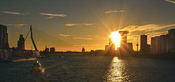 Rotterdam zonsondergang van Nienke Bot