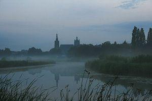 Sint Jan in de nevel Den Bosch van
