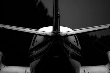 Vliegtuig staart in hetmonochroom van Norbert Sülzner