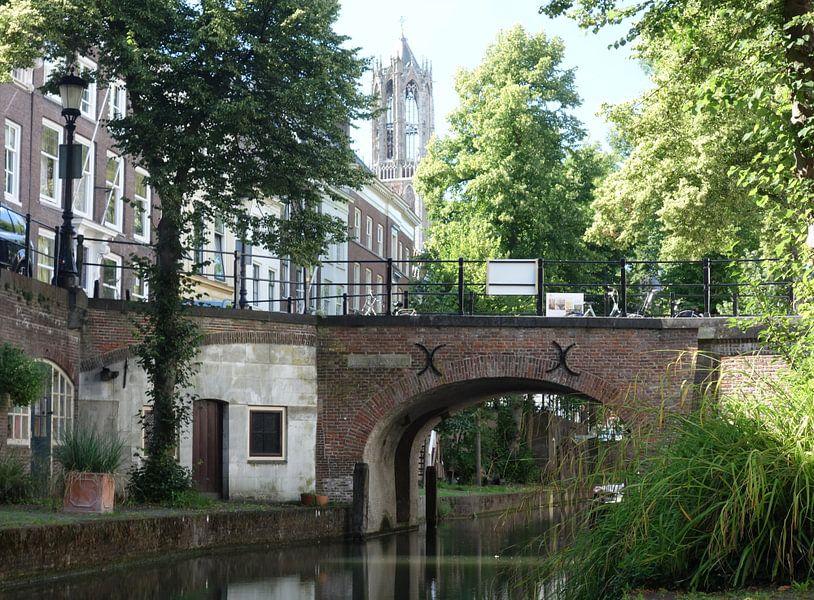 Nieuwegracht Utrecht met Domtoren van Pieter Heymeijer
