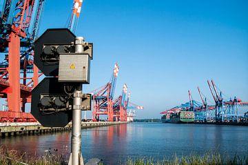 Hamburg-containerterminal van Norbert Sülzner