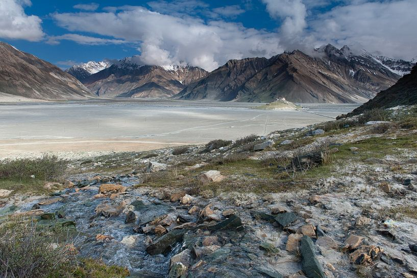 Himalaya Vallei van Monique Pouwels
