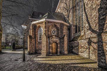 De zij entree van de Grote Kerk van Leeuwarden van Harrie Muis