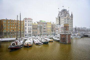 Alte Schiffe am Wijnhaven in Rotterdam von Leon Okkenburg