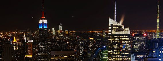 Manhattan @ Night van Michiel Heuveling