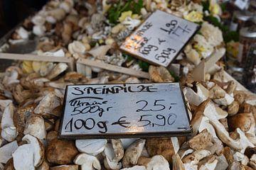 Porcini champignons in het aanbod, Münster, weekmarkt, genieten, keuken. van wunderbare Erde