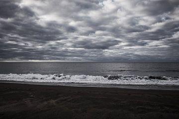 Dunkles Meer von C. Nass