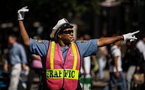 Straatbeeld New York met Verkeersagent