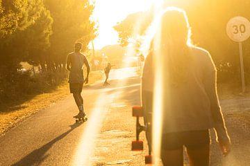 Longboarding in der Abendsonne von Nathan Marcusse