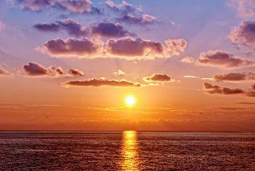 Coucher de soleil sur la mer Ligure sur Arja Schrijver Fotografie